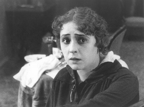 Nelli Raintseva (1916)
