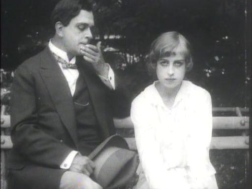 Por la felicidad (1917).