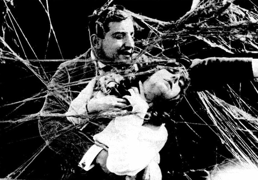 Alas abrasadas (1915).
