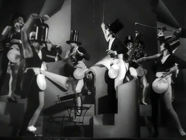 La orquesta de chicas del crucero.