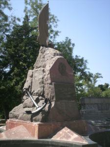 El monumento a Schmidt y sus camaradas en Sebastopol